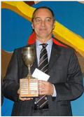 Predrag Nikolic met de zilveren DN-beker (2014)